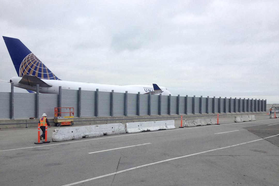 SFO Vertical Jet Blast Fence