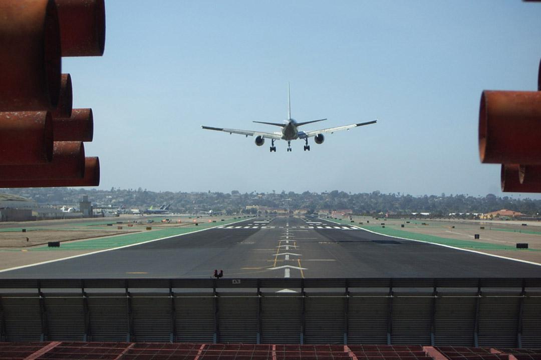 San Diego Jet Blast Barrier Evaluation